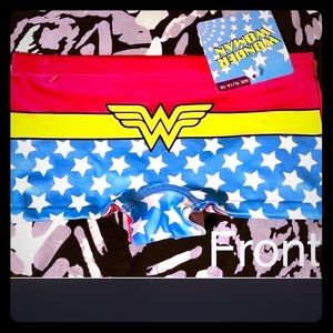 2/ Wonder Woman seamless boy shorts